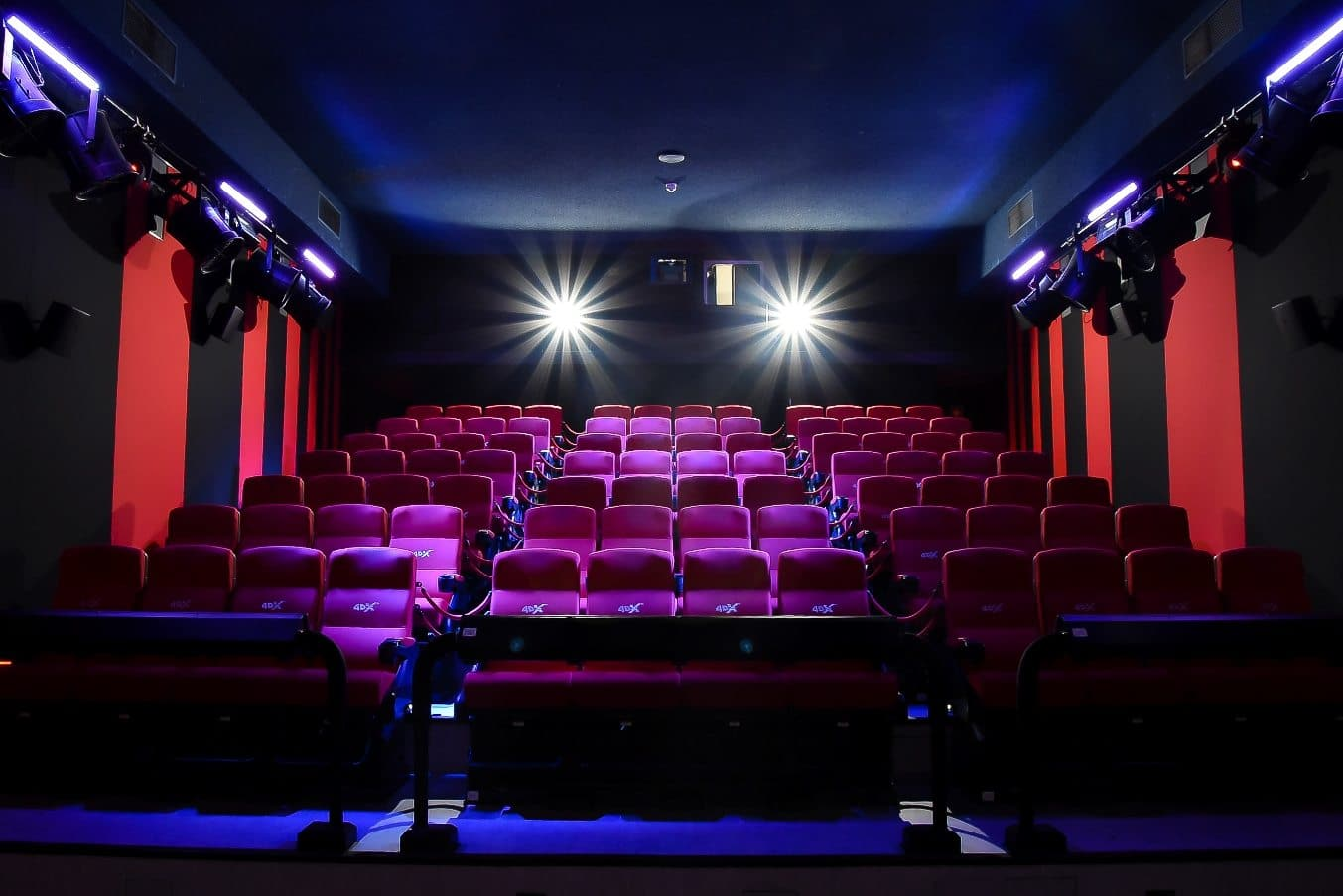 Essex Cinemas - Delivering the best movie experience to the greater Essex and Burlington areas! We are an all digital movie theater with stadium seating, state-of-the-art sound, and home of the T-Rex Theater, Vermont's biggest and only large format theater!